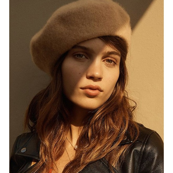 12c616d4d Urban Outfitters Acrylic Camel 🐪 Colored Beret
